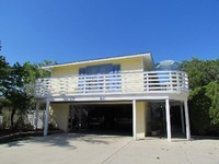 2 Bed 2 Bath - DIRECTLY ACROSS from SIESTA KEY BEACH