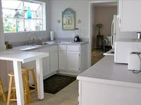 House 3 Bedrooms with Bunk Area 2 Baths Sleeps 12-14