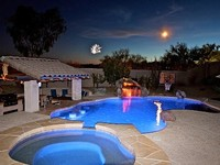 Private Home with 4 Bedrooms 3 Bathrooms Sleeps 10