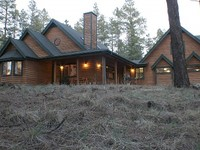 COZY LOG CABIN SLEEPS 14 CLOSE TO GRAND CANYON FLAGSTAFF AND SUGAR BOWL