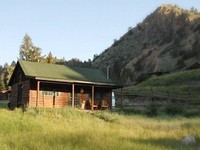 1 Bedroom 1 Bathroom Cabin with Mountain Views