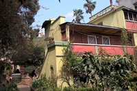 Ensoleill chaleureux et authentique petite maison