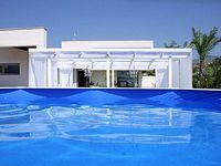 Spacious and modern four bedroom villa for nine people
