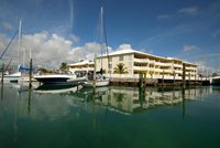 Ocean Reef Yacht Club amp Resort - -Fri-ven sam-sam dim-dim seulement