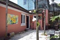 Serene Downtown Artiste Loft
