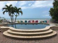 Tropical Dreams par beachhouseFL Nouvelle liste 7 chambre maison en bord de mer