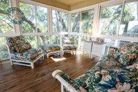 7 min pied de la porte sable dans cette maison l 39 ambiance familiale dans un cadre paisible