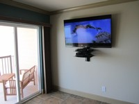 2 Bedroom 2 Bath Sleeps 8 Luxury Condo with Ocean Front View Heated Pool