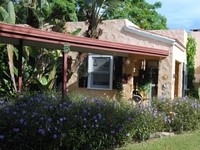 Casa Del Sol A Charming 1920 s Cottage Duplex 1bdrm 1bath On Pinellas Trail